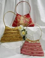 Frilly_Bag_50762dcc9dd62.jpg