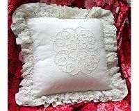 hearts_candlewick_cushion_kit.jpg